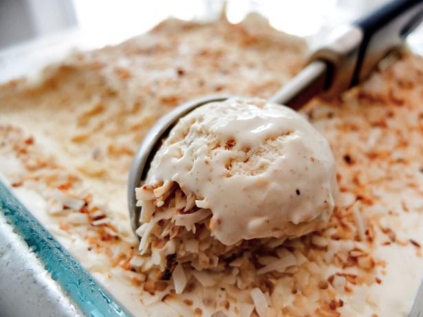 Coconut Cream Pie Ice-Cream